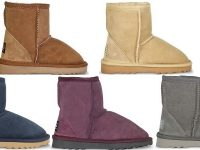 UGG Since 1974 - Kids Classic Mid Natural