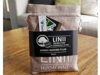 Linii Tasmania – Huon Pine Animal Bedding Filler
