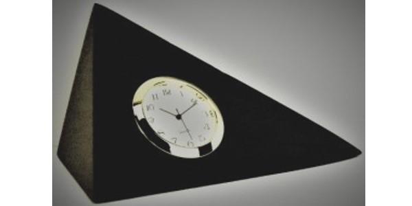 Australian Mallee Art – Triangular Clock – Australian Ancient Redgum