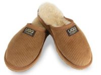 UGG Since 1974 - Corduroy Classic Slippers