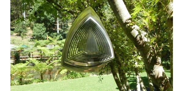 Aussie Spinners – Premium Range – Curved Triangle – 200